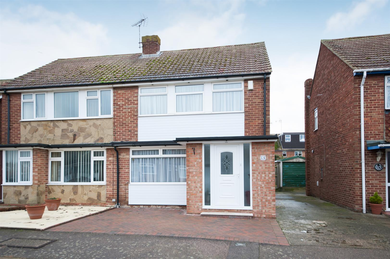 3 Bedrooms Semi Detached House for sale in Sherwood Road, Birchington